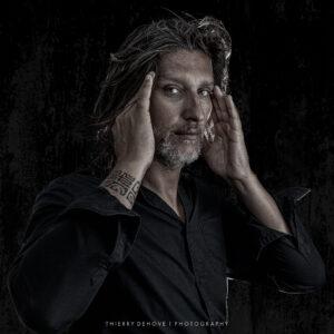 Thierry Dehove Autoportrait