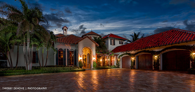 Luxury villa for sale in Manalapan Florida