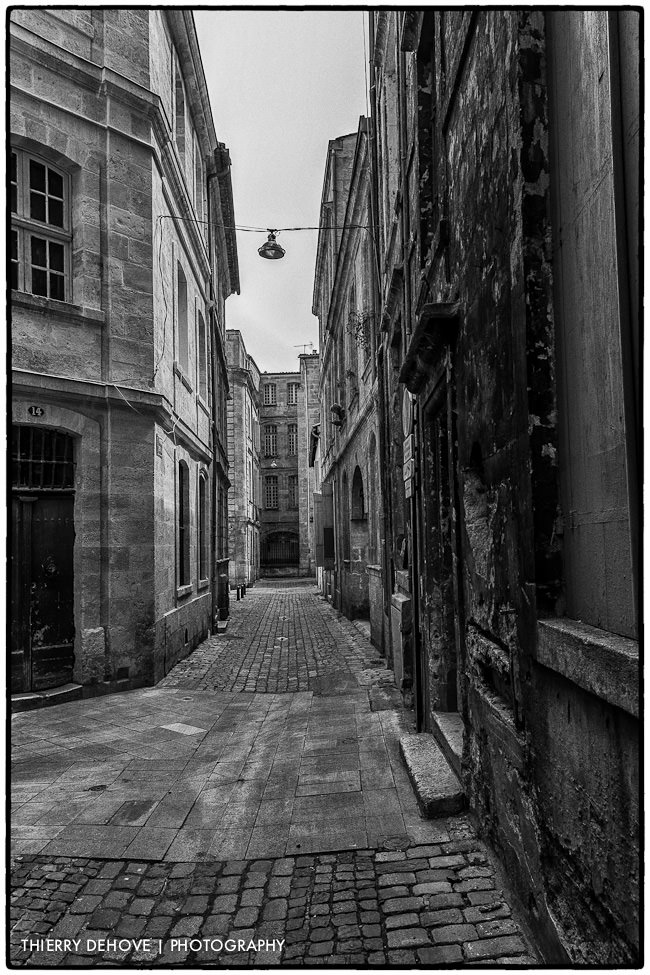 Great black and white photography of Bordeaux part 2 in France