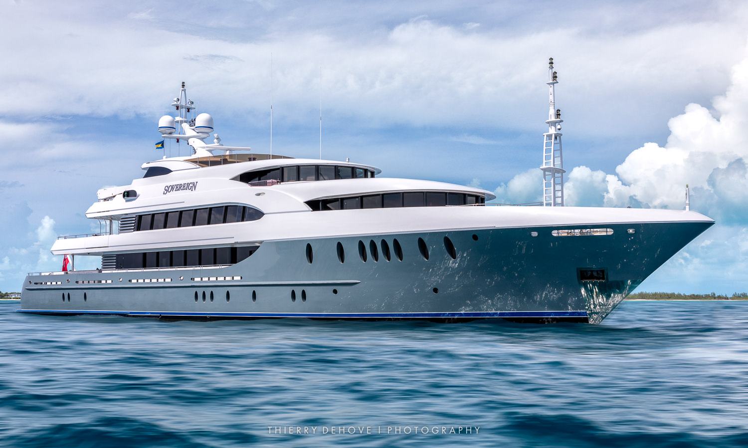 Motor Yacht Sovereign 180' by Newcastle Marine