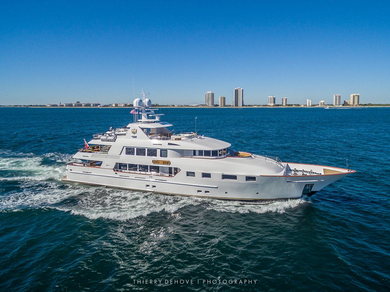 Trinity Motor Yacht Big Zip in Florida